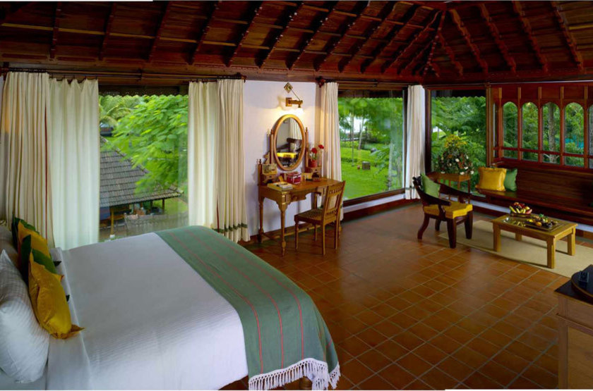 Kumarakom lake resort   kumarakom inde   luxury pavilion rooms slideshow