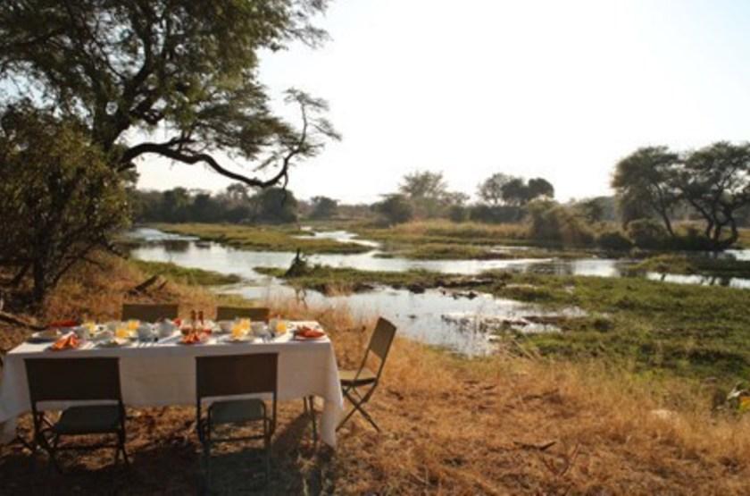 Jongomero Camp, parc de Ruaha, Tanzanie, petit déjeuner