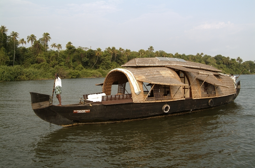 House boat or kettuvalom   inde   bateau 1 slideshow