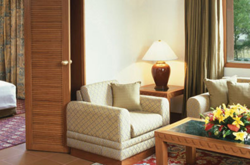 Trident hotel   agra inde   suite slideshow