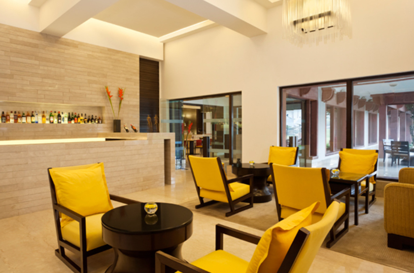 Trident hotel   agra inde   salon et bar slideshow