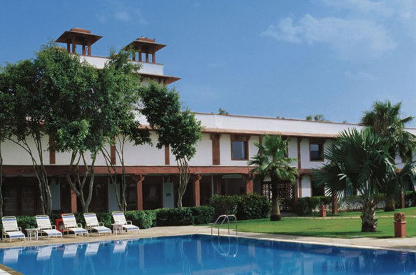 Trident hotel   agra inde   piscine slideshow