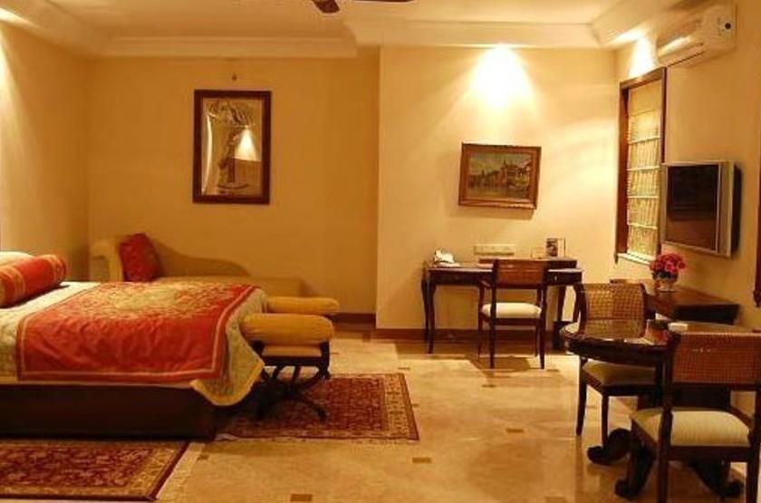 Lalit laxmi vilas palace   udaipur inde   chambre slideshow