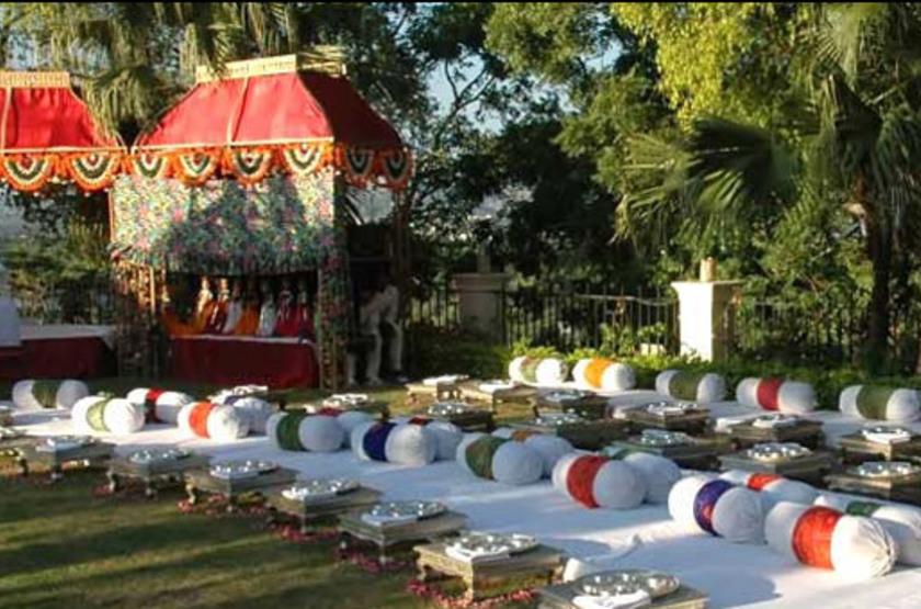 The Lalit Laxmi Vilas Palace, Udaipur, Inde, jardin