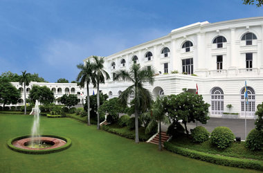Oberoi maidens   delhi inde   facade 1 listing