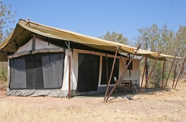 Kwihala tented camp   ruhala   exterieur tente listing