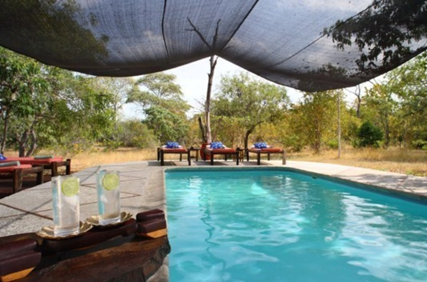 Selous safari camp   selous   piscine slideshow