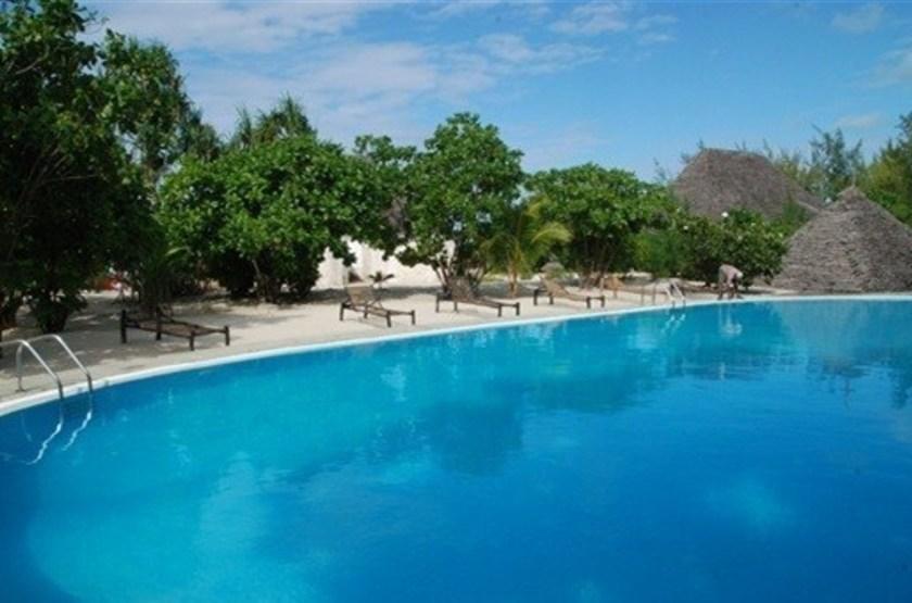 Hakuna majiwe   majiwe   piscine slideshow