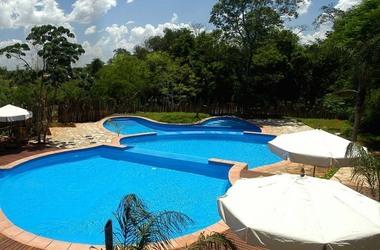 La aldea de la selva lodge   iguazu   piscine 1 listing
