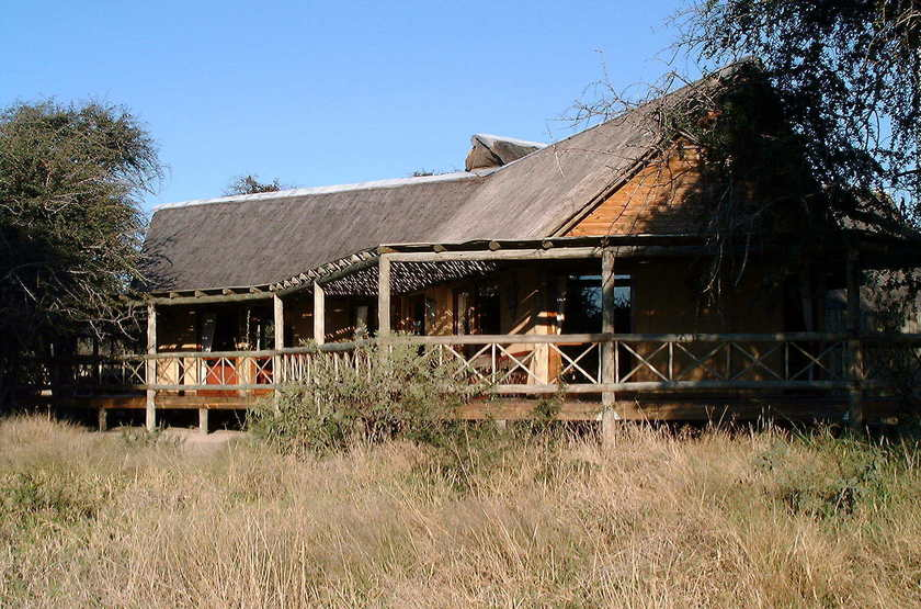 Deception Valley Lodge, Botswana, extérieur
