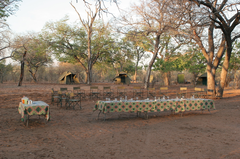 Kazuma Trails, Safari semi luxury, Botswana, camp site