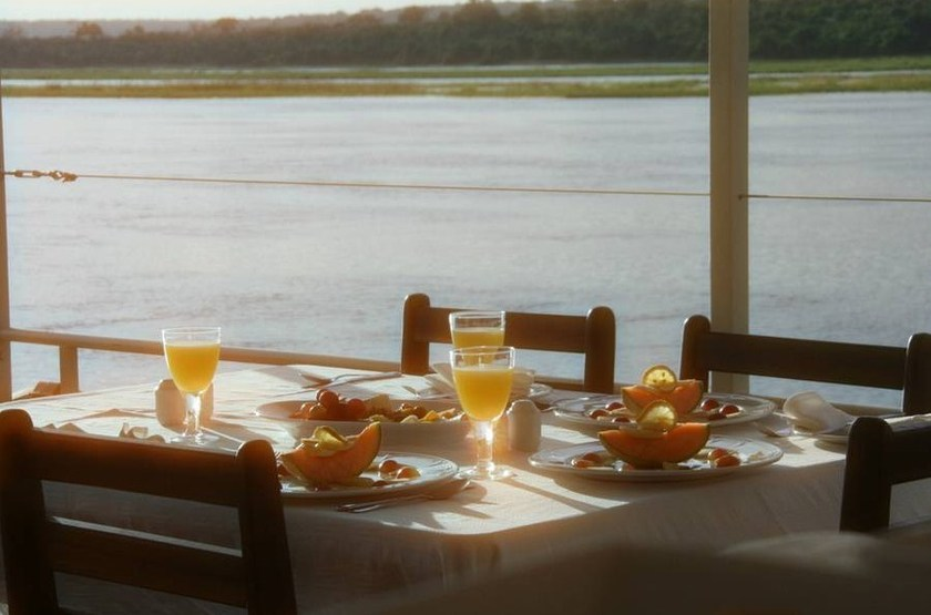 Chobe Princess, rivière de Chobe, déjeuner
