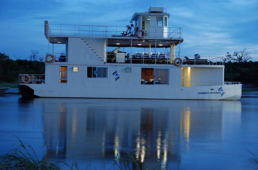 Ichibezi safari houseboat slideshow