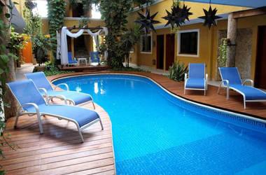 Las golondrinas piscine listing