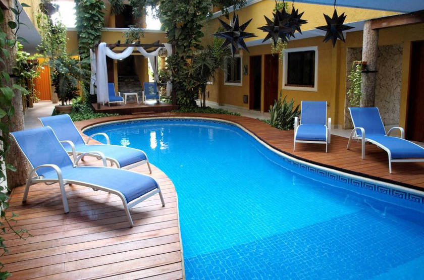 Las golondrinas piscine slideshow