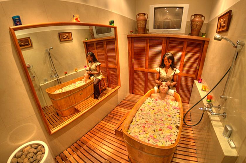 Hôtel Colbert Spa & Casino, Diego Suarez, Madagascar, salle de bains