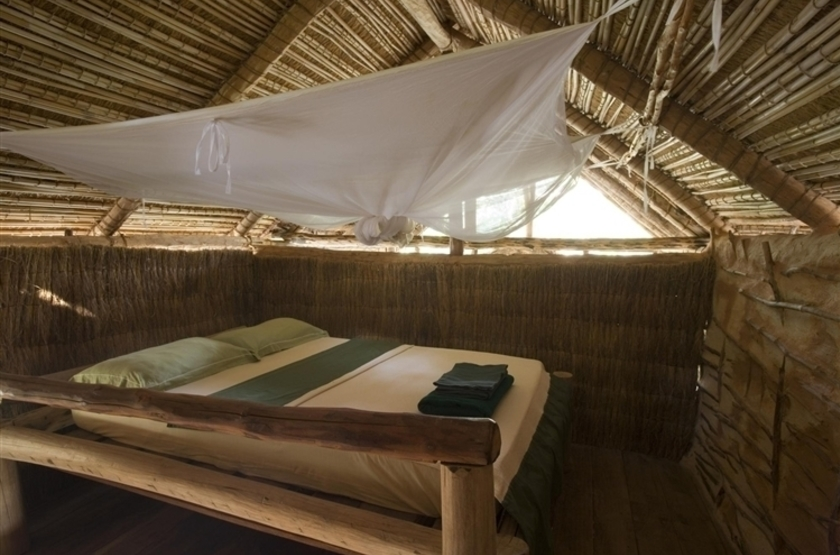 Iharana bush camp  tsingy de l ankarana   madagascar   bungalow interieur2 slideshow