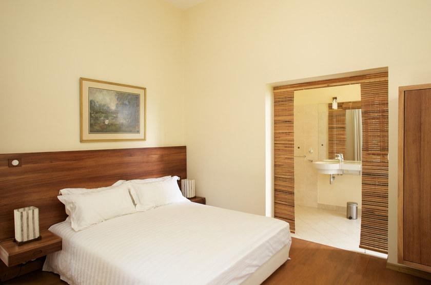 Maison gallieni   antananarivo   madagascar   chambre double 2 slideshow