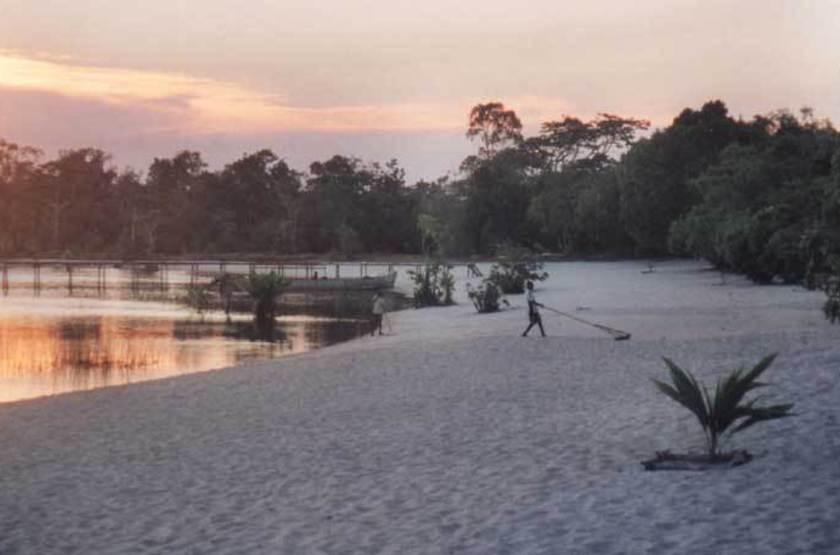 Ony Hôtel, Pangalanes, Madagascar, plage