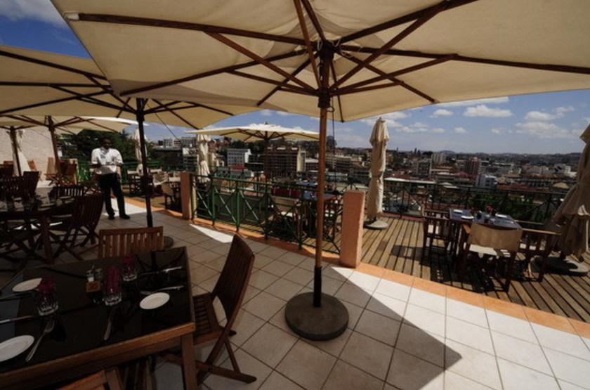 Royal Palissandre, Antananarivo, Madagascar, terrasse avec vue