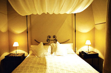 Art hotel   chambre listing