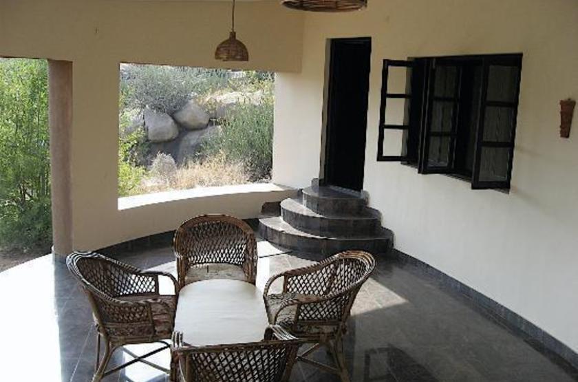 Hampi's Boulders Resort, Inde, terrasse