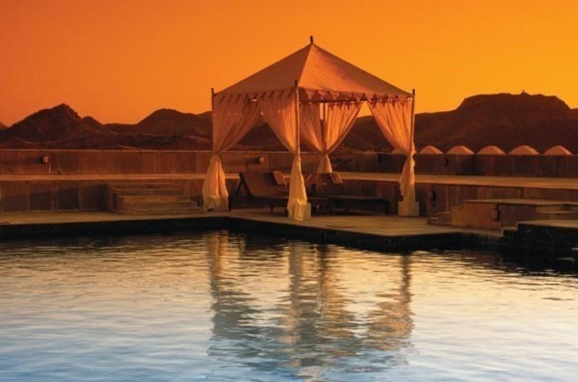 Devi garh palace   udaipur   piscine coucher de soleil slideshow