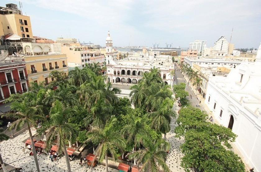 Gran hotel diligencias   vue terrasse slideshow