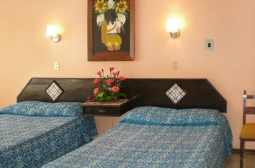 El Tajin Hotel, Paplenta, Mexique, chambre