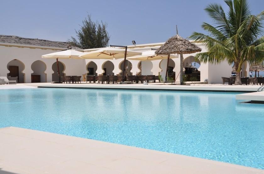 Gold zanzibar beach house   spa   piscine slideshow