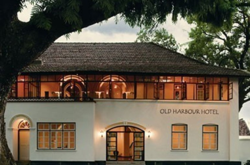 Old harbour   cochin   facade slideshow