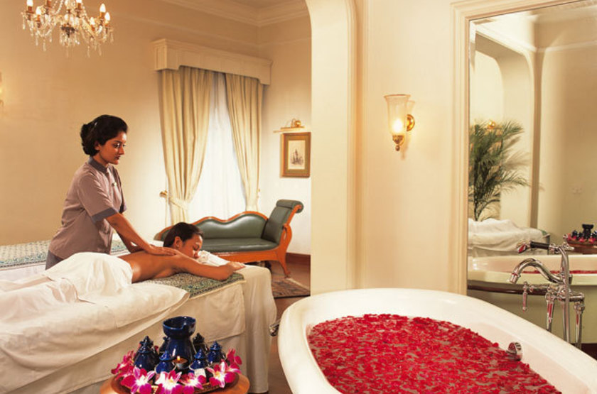 The Oberoi Grand, Calcutta, Spa