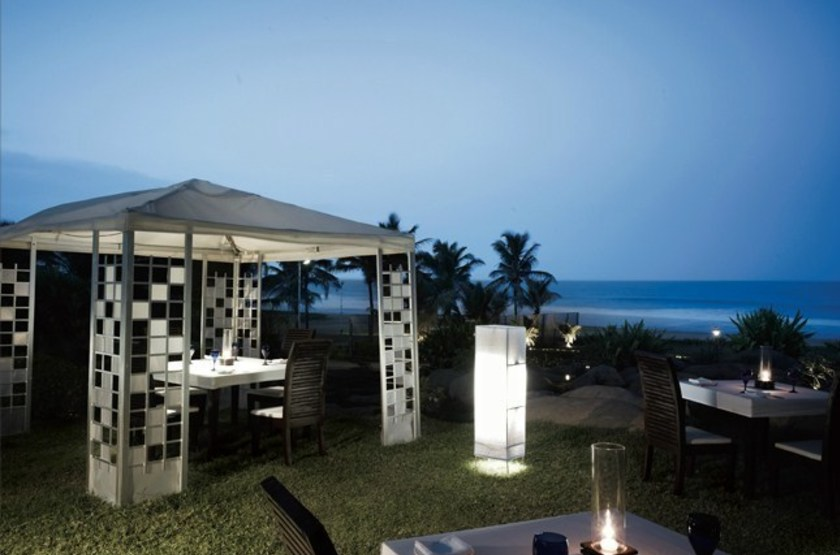 Vivanta by Taj Fisherman's Cove, Chennai, Inde, restaurant extérieur