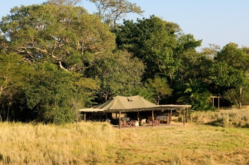 Zambie   busanga bush camp   camp   makila voyages slideshow
