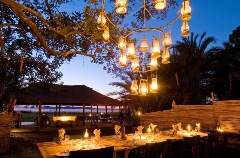 Zambie   busanga bush camp   restaurant   makila voyages slideshow