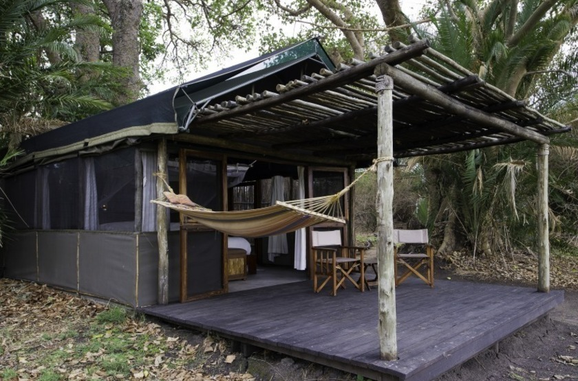 Zambie   busanga bush camp   tent   makila voyages slideshow
