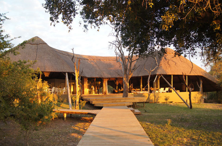 Zambezi Crescent River Lodge, Victoria Falls, extérieur