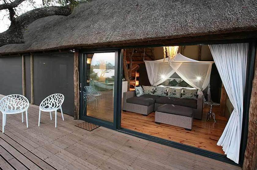 Zambezi Crescent River Lodge, Victoria Falls, terrasse tente