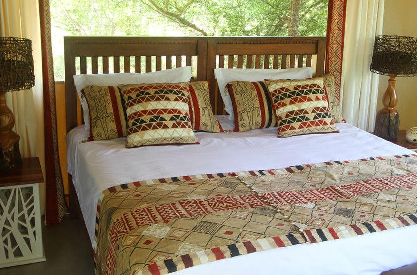 Changa tent 4 bed2 slideshow