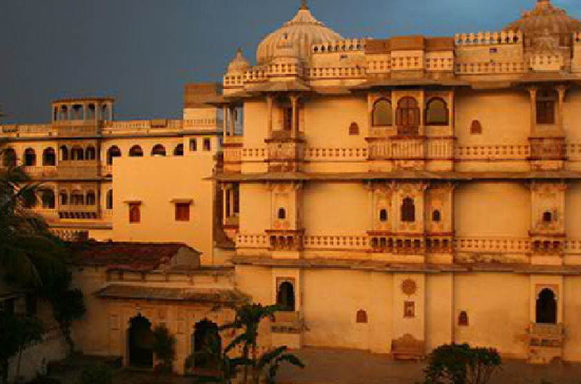 Castle bijaipur rajasthan slideshow
