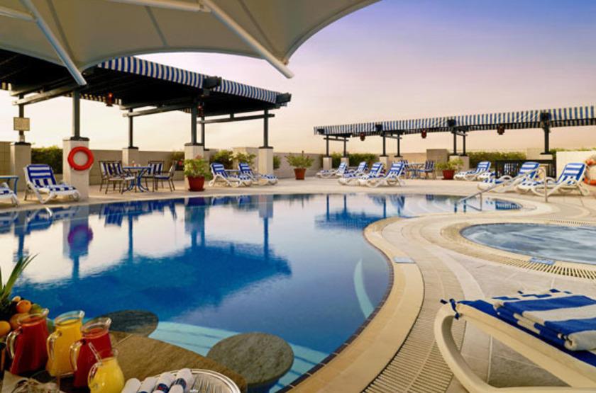 Grand Excelsior Hotel Deira, Dubaï, piscine