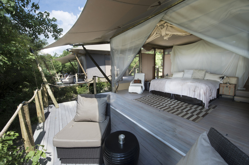 Duma Tau Camp, rivière de Savuti, Botswana, terrasse tente