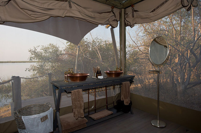 Duma Tau Camp, rivière de Savuti, Botswana, salle de bains