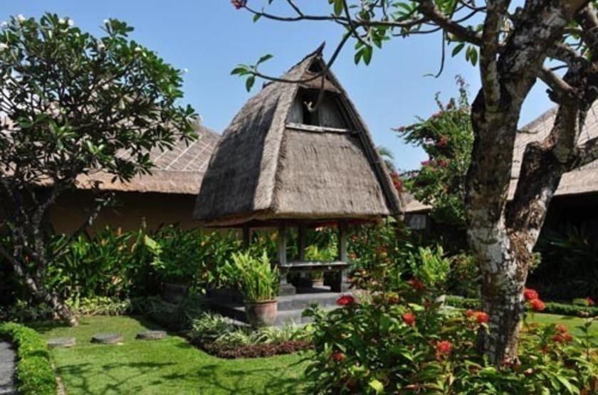 Matahari Terbit Nusa Dua Beach Resort, Bali, jardins