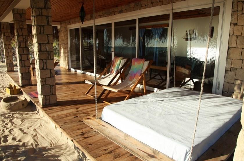 Ankasy Lodge & Spa, lagon d'Ambatomilo, Madagascar, terrasse