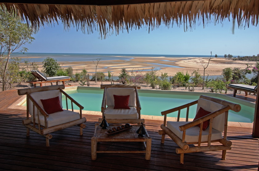 Madagascar   antsanitia resort   terrasse suite pool senior slideshow