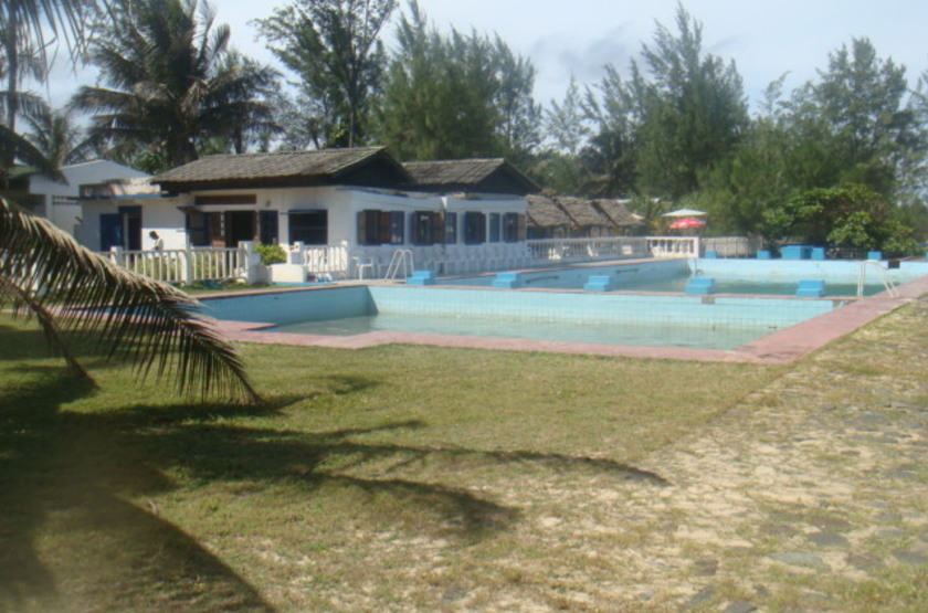 Parthenay Club Manakara, Madagascar, piscine