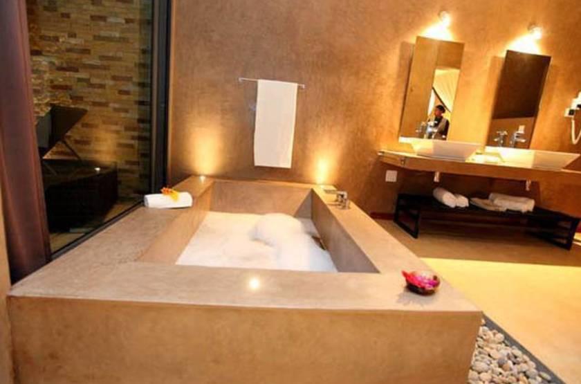 Bathroom1 slideshow