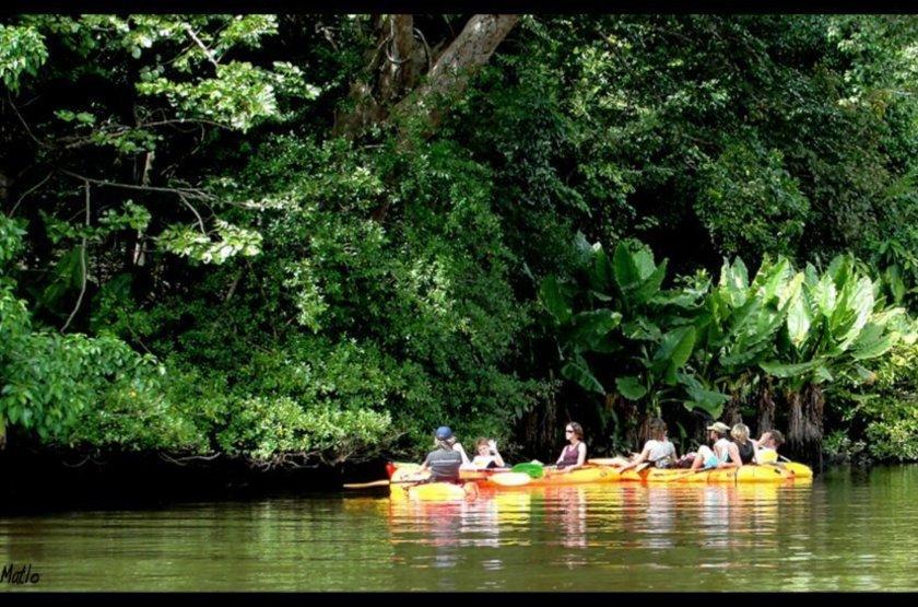 Kayak slideshow