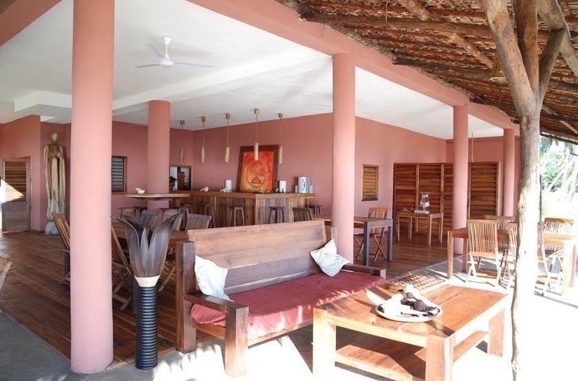 The Nosy Lodge - Nosy Be, Baie d'Ambondrona, Madagascar, bar